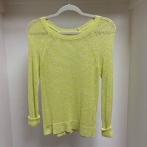 Old Navy yellow knit top!